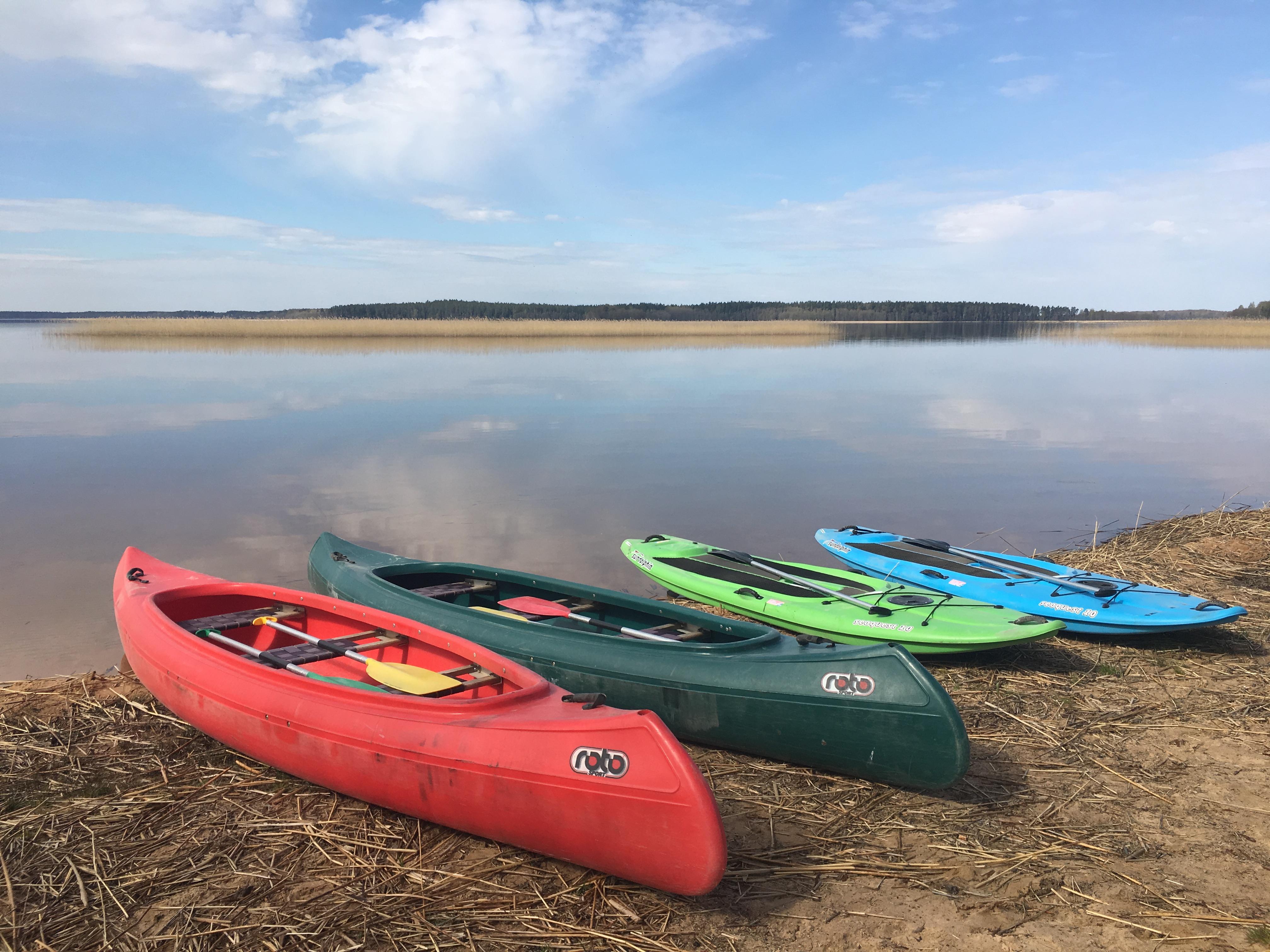 (Latvian) Jaunums šogad SUP dēļi un kanoe